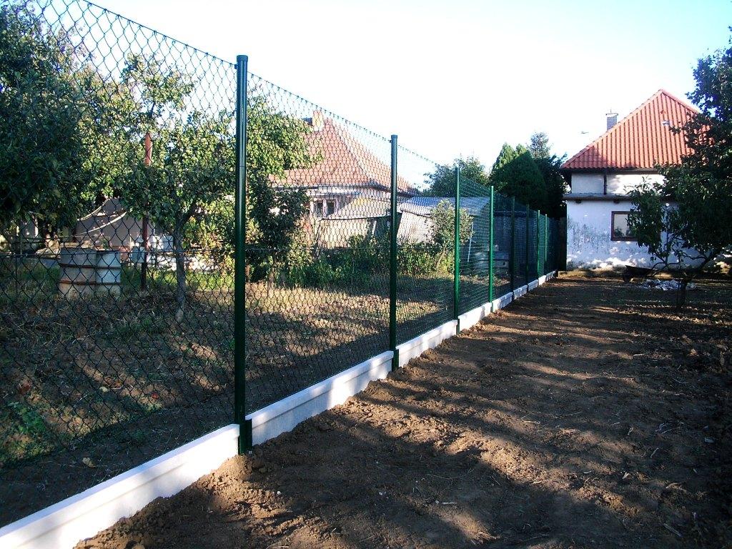 Oplotenie záhrady LUKABETON